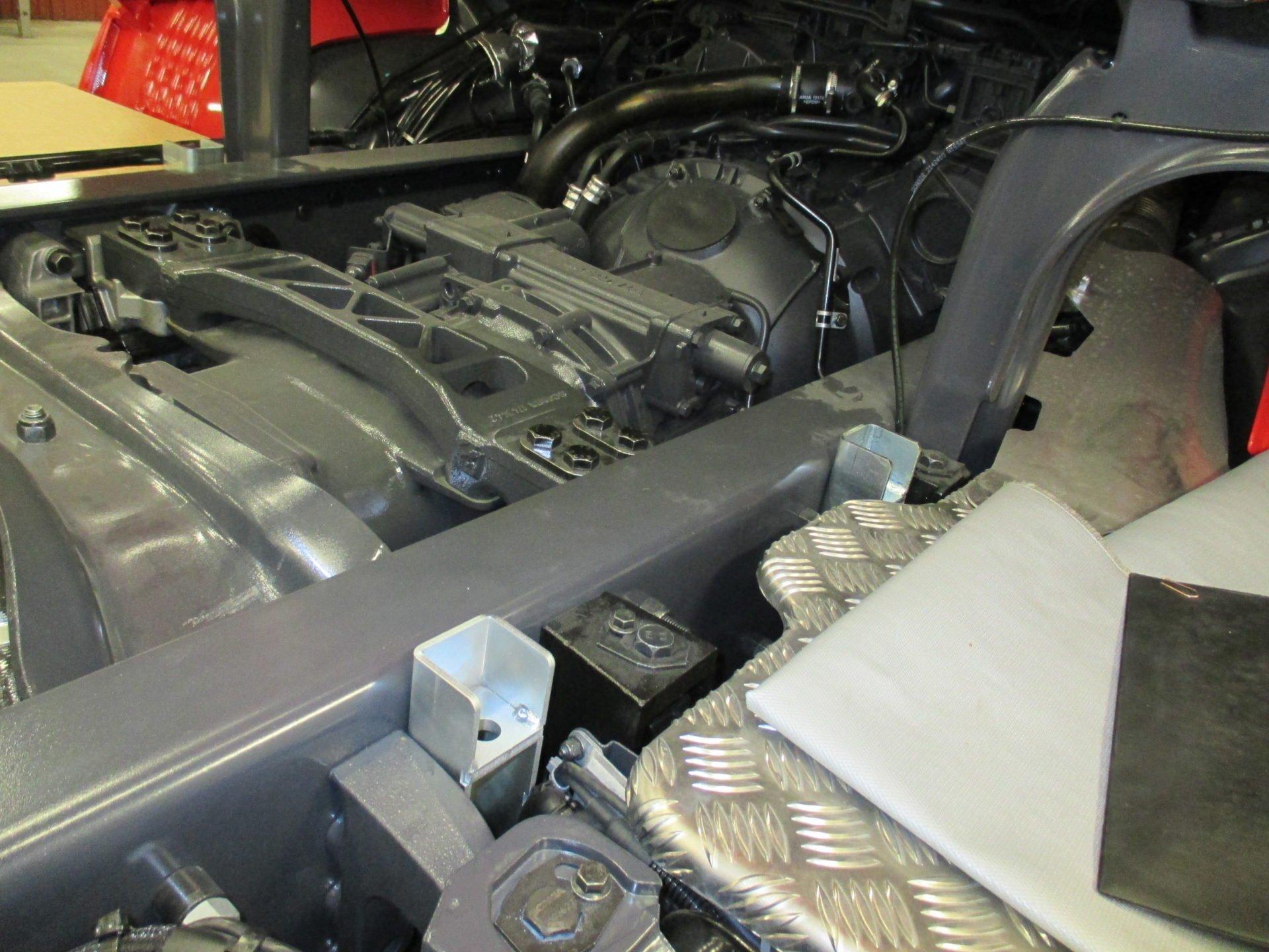 1546490 KC7 (35)