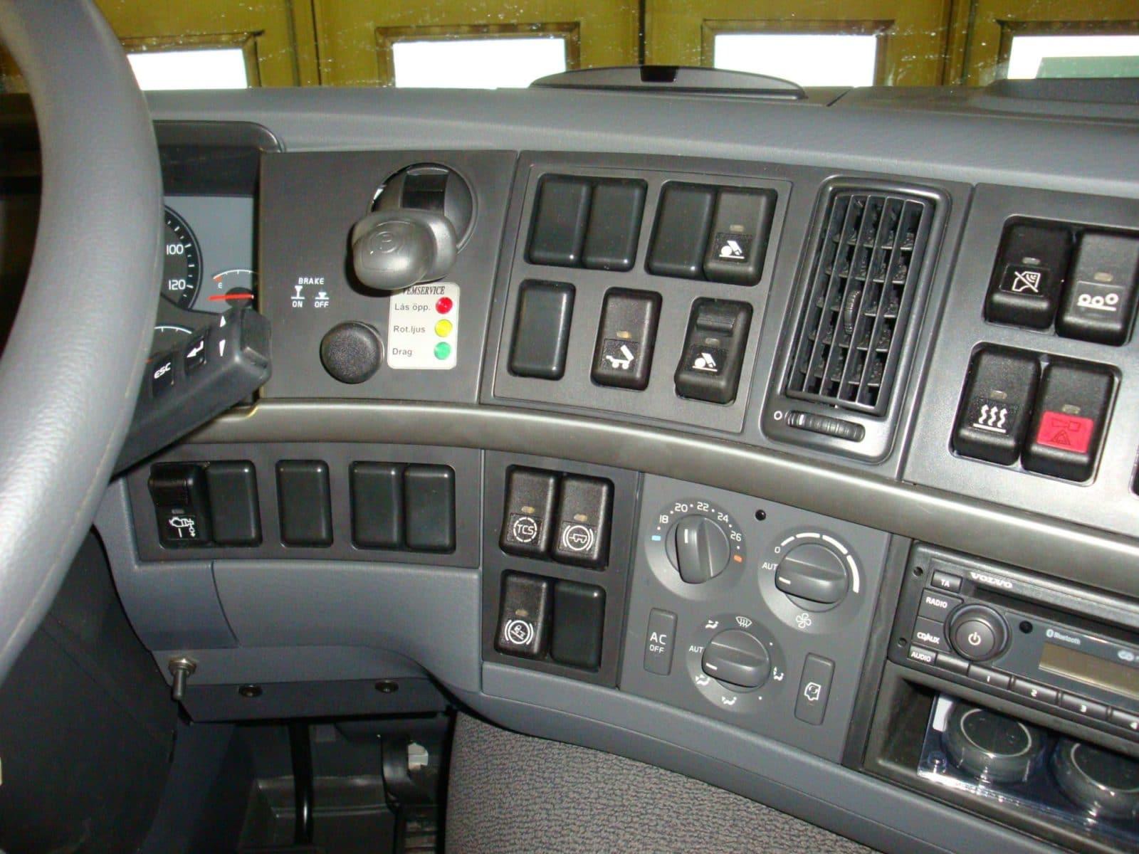 1004301-hinz-demo-33